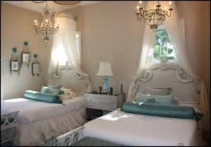 Decorating theme bedrooms - Maries Manor: shared bedrooms