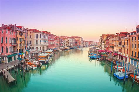 Travelling to Venice? Avoid tourist fines introduced this ...