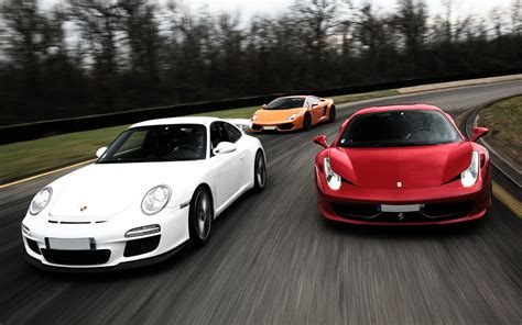 Indulge Yourself With A Luxurious Lamborghini, Porsche Or