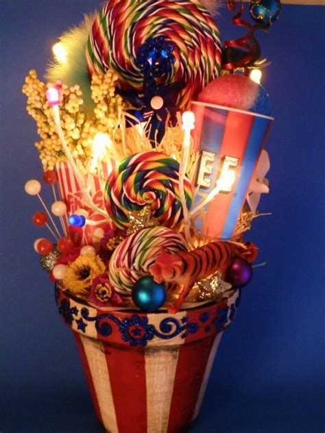 ideas  circus theme centerpieces  pinterest