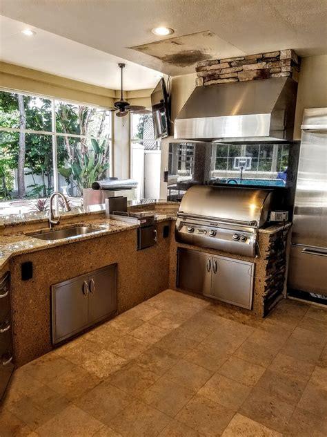 backsplash creative outdoor kitchens  florida