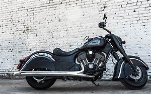 2017 Indian Chief Dark Horse Review
