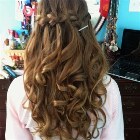 Curled Prom Hairstyles by 30 Best Prom Hair Ideas 2019 Prom Hairstyles For