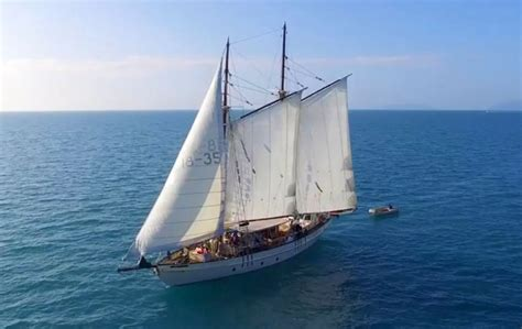 Boat Charter Whitsundays Qld by Ship Adventures Whitsunday Charter Busines For