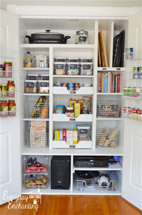 ideas for organizing kitchen pantry 30 clever ideas to organize your kitchen in the garage