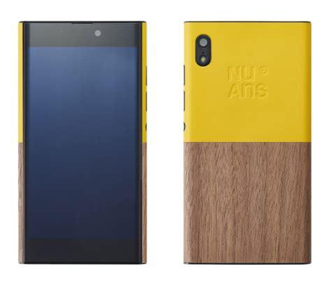 chose windows 10 as its smartphone os