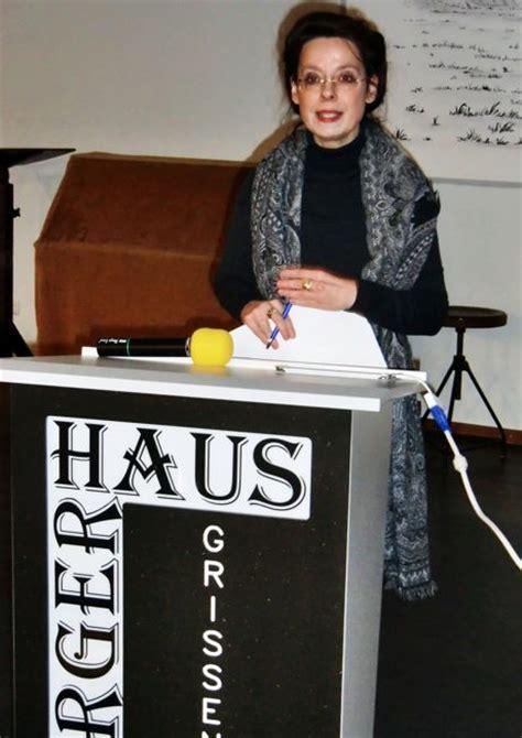 professorin dr petra lohmann hielt vortrag ueber becher