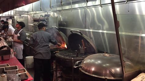 cuisine weber weber grill restaurant chicago