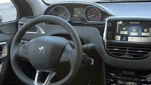 Interieur Peugeot 2008 Allure : 2013 peugeot 2008 interior youtube ~ Medecine-chirurgie-esthetiques.com Avis de Voitures