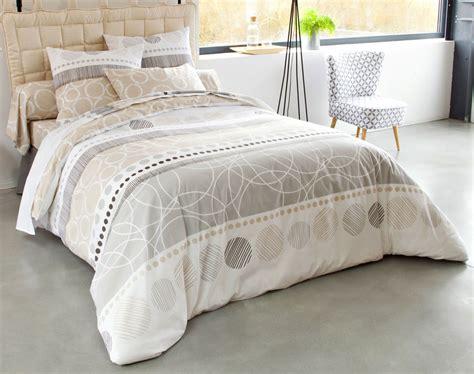 rideau de chambre linge de lit rayures et cercles becquet création becquet