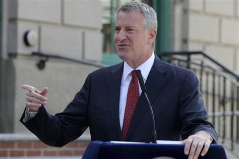 NYC Mayor Bill De Blasio Shutting Schools Thursday As ...