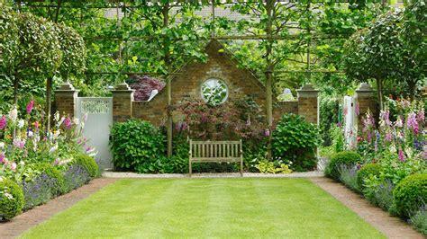mature formal english garden   height