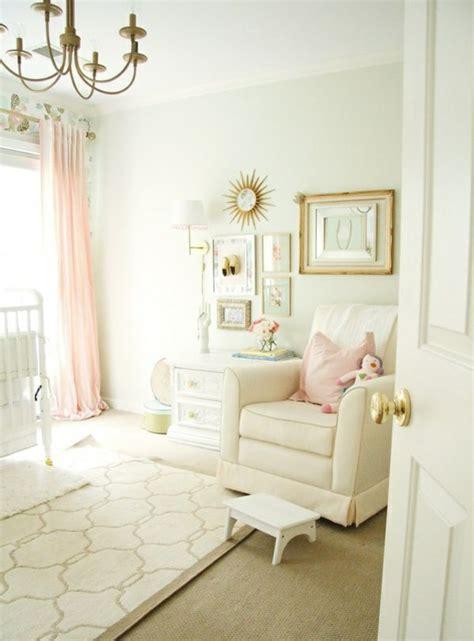 couleur mur chambre bébé fille décoration pour la chambre de bébé fille
