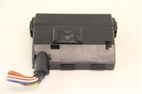 Infiniti M45 Fuse Box Location by Infiniti G35 24381 C9900 Small Front Fuse Relay