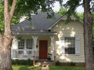 cottage house 301 moved permanently