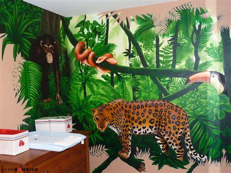 thème décoration chambre bébé decoration chambre bebe theme jungle kirafes