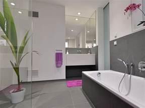 moderne badezimmer schwarz weiss badezimmer modern schwarz wohnen mit modernen fliesen stonenaturelle natursteine