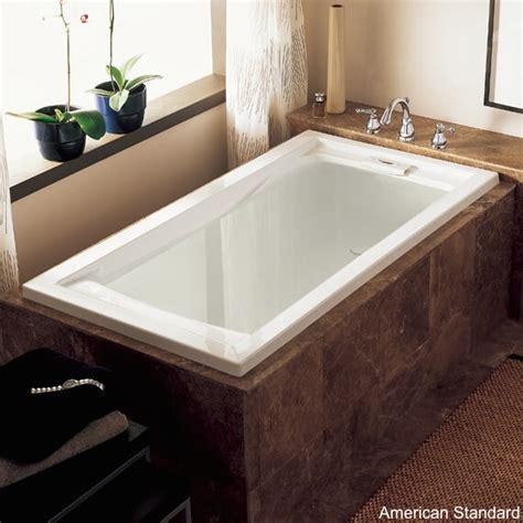 Soaking Tub Small Bathroom by 8 Soaker Tubs Designed For Small Bathrooms Small Bath