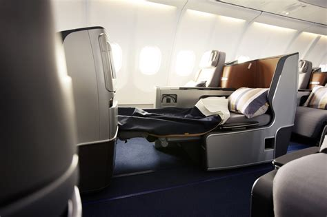 Lufthansa Keeps Middle Seats, But Makes Changes In 747400