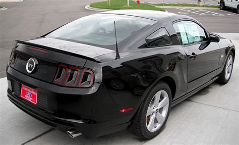 Best Affordable Sports Cars,2013 Ford Mustang Gt5