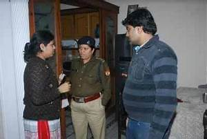 Gang of six robs doctor's home in posh colony of Agra ...