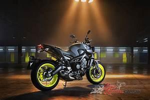 Yamaha Mt09 2017 : yamaha 39 s 2017 mt 09 overhauled bike review ~ Jslefanu.com Haus und Dekorationen