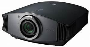 Projecteur Cinema Maison : un projecteur de sony permet d 39 obtenir un cran de 300 pouces lectronique projecteurs ~ Melissatoandfro.com Idées de Décoration
