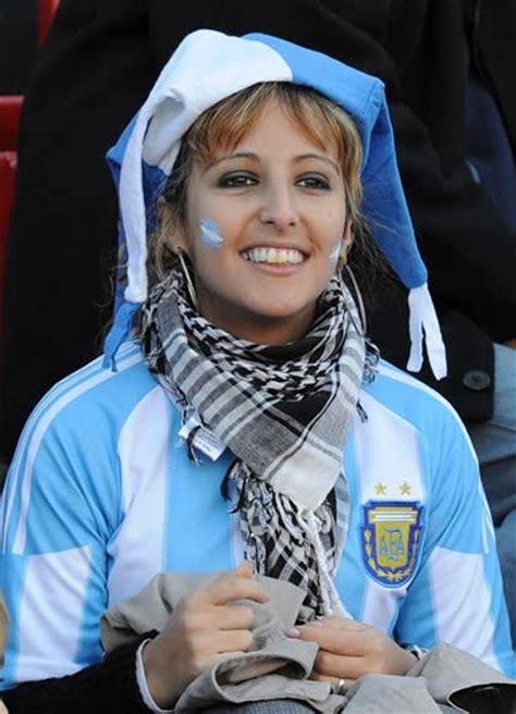 female football fans light uppa  copa america  sport