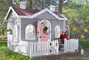 les 25 meilleures idees de la categorie maisonnette enfant With amenager une terrasse exterieure 14 aire de jeux exterieur 30 idees de maison enfant de jardin