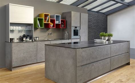 beton cire cuisine cuisine avec îlot façade finition béton ciré cuisine