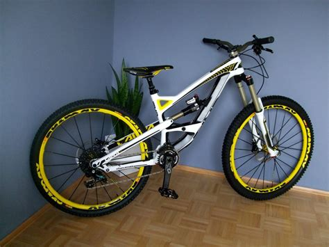 Yt Industries