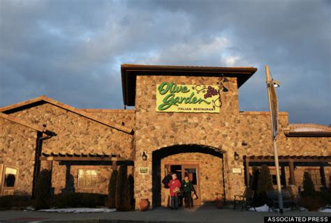 olive garden ct here s where can eat free this huffpost