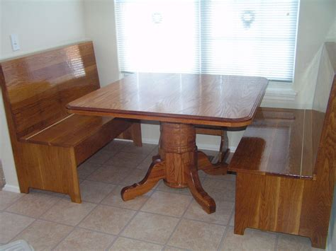 kitchen corner table and chairs