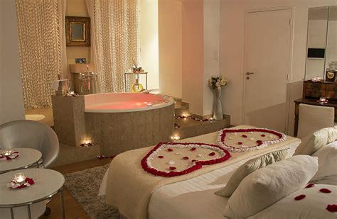 Chambre Romantique Avec Jacuzzi Paris #2  Chambre D Hotel