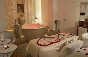 Chambre romantique avec jacuzzi paris 2 chambre d hotel for Chambre romantique avec jacuzzi paris