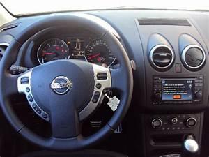 Nissan Qashqai Connect Edition : nissan qashqai connect edition tableau de bord ~ Medecine-chirurgie-esthetiques.com Avis de Voitures