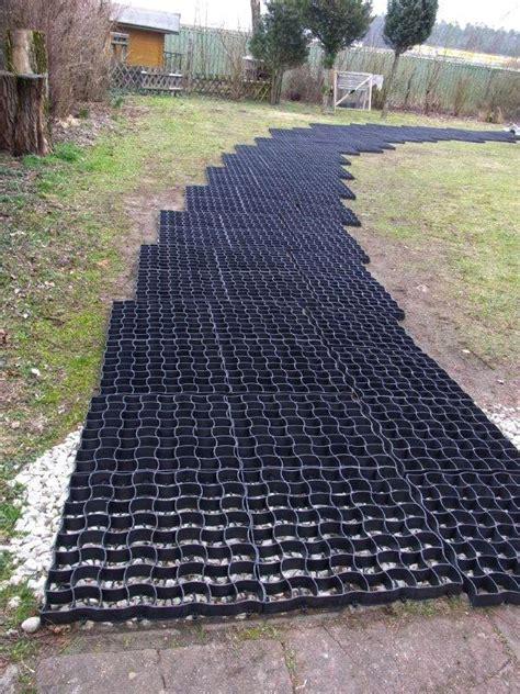 befestigung eines gartenweg ohne unterbau mit bodengitter