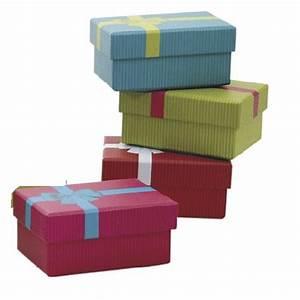 Petite Boite En Carton : petite boite cadeau en carton vbt2431 aubry gaspard ~ Teatrodelosmanantiales.com Idées de Décoration