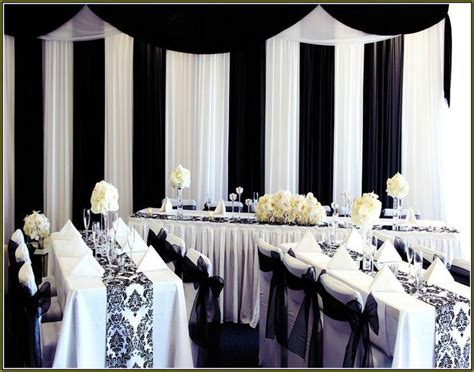 wedding table decorations black and white 35 black and white wedding table settings table decorating ideas