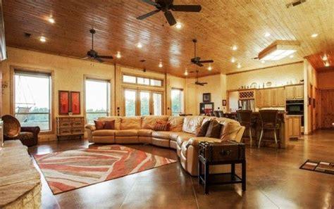 unique barndominium floor plans ideas  images barndominium floor plans pole barn house