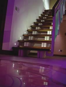 eclairage escalier hedre escalier chne crus eclairage With carrelage adhesif salle de bain avec eclairage par fibre optique led