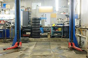 Werkstatt Einrichten Ideen : eine autowerkstatt professionell einrichten betriebseinrichtung von ~ Markanthonyermac.com Haus und Dekorationen