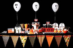themed table decorations party decorations archives savvy sassy