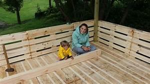 Paletten Kräuterregal Bauanleitung : terrasse aus paletten selber bauen europaletten diy ~ Whattoseeinmadrid.com Haus und Dekorationen