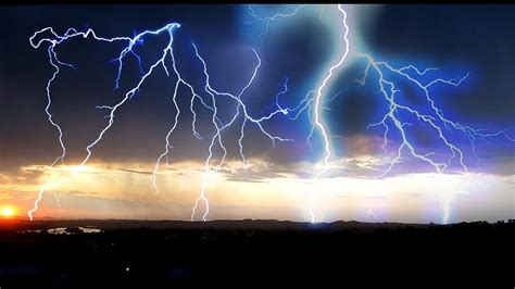 beautiful july   marsing idaho thunderstorm electric
