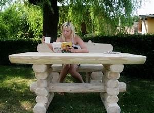 Rustikale Tische Aus Holz : rustikaler holz gartentisch und 2 b nke massiver materialeinsatz schwere gartenm bel gartenb nke ~ Indierocktalk.com Haus und Dekorationen