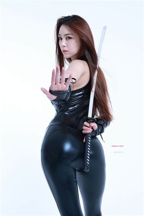 Sexy Asian Girls With Swords A Cut Above The Rest Amped