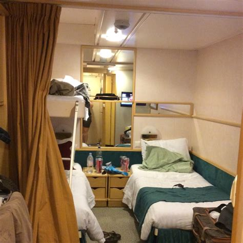 inside cabin 3503 on enchantment of the seas category sm