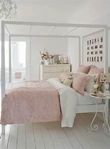 Bett Mit Kissen Dekorieren : 30 sch bige schlafzimmer dekorationsideen ~ Bigdaddyawards.com Haus und Dekorationen