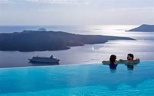 Sea View Hotel in Fira Santorini Cosmopolitan Suites